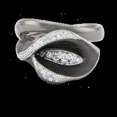 GAN0330 | AnnaMaria Cammilli Precious Calla Diamonds Black Gold Ring