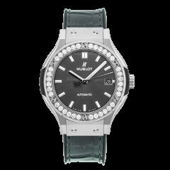 565.NX.7071.LR.1204   Hublot Classic Fusion Midsize Automatic 38mm watch. Buy Online