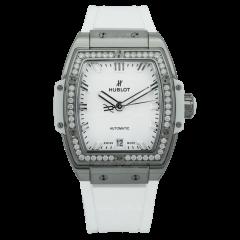 665.NE.2010.RW.1204 | Hublot Titanium White Diamonds 39 mm watch