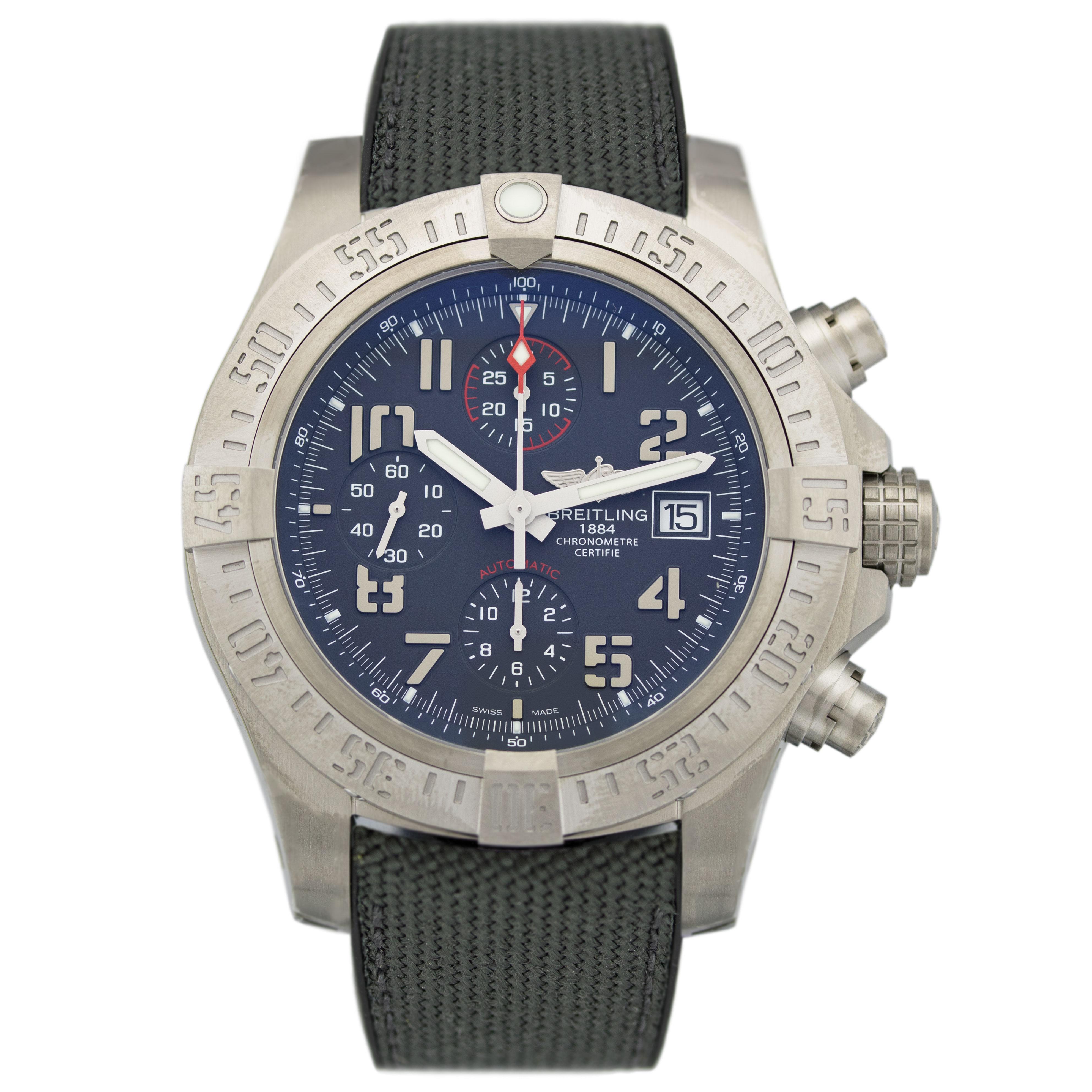 Myfair Com: Breitling Avenger Bandit E1338310.M534.253S.E20DSA.2